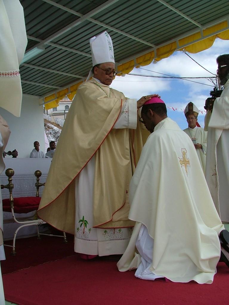 A ordenaçao de Dom Arlindo foi um dos maiores eventos da Igreja de Cabo Verde