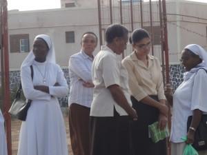 Um grupo de Irmas depois da celebraçao do dia 2
