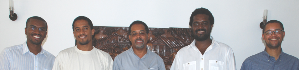 seminaristas MINDELO e Dom Ildo Fortes