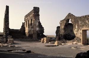 ruinas catedral c velha c verde